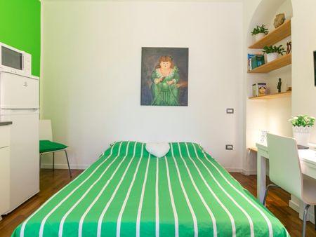 Cosy studio in walking distance to NABA Nuova Accademia di Belle Arti