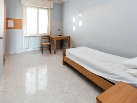 Lovely single bedroom close to Sapienza Università di Roma