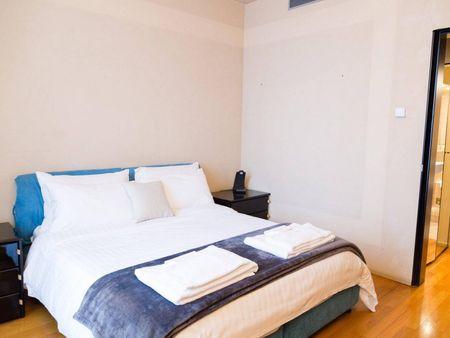 Elegant 1-bedroom apartment located close to Montenapoleone