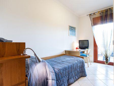 Attractive single bedroom close to the Universita' Degli Di Roma Tor Vergata