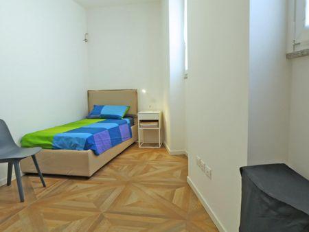 Just totally refurbished 2-bedroom flat