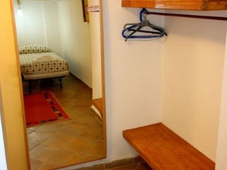 Nice 2-bedroom apartment close to Romolo metro station