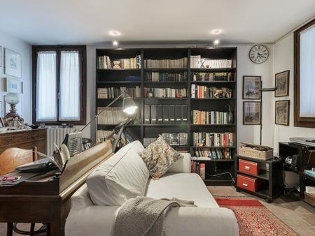 Charming Single bedroom in a 2-bedroom house in Gerno