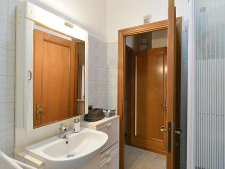 Alluring single bedroom in a 3-bedroom apartment, near Università Degli Studi Di Roma Tor Vergata