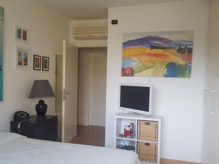 Double bedroom, with private bathroom and balcony, in 3-bedroom apartment