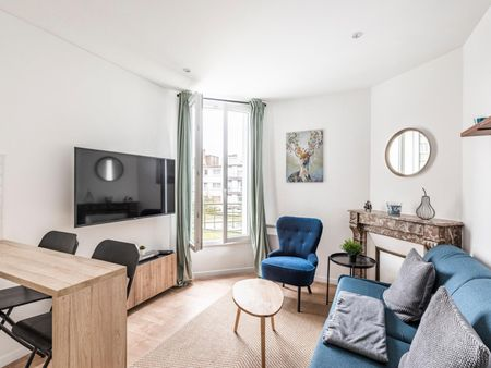 1-Bedroom apartment in Courbevoie