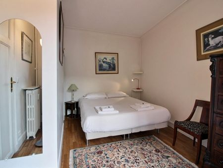 Stunning apartment located in the historical district of the Latin Quarter,