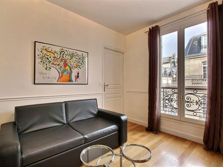 Comfy 1-bedroom apartment in Paris, near Square Thomas Jefferson