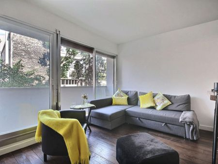 Super modern studio apartment in Paris, near Square Thomas Jefferson