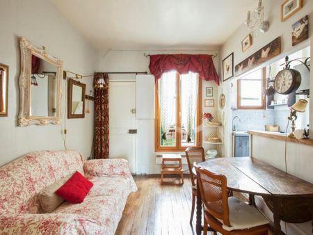 Vintage 1-bedroom flat near the Raspail metro