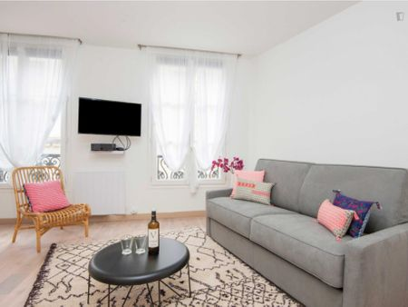 Comfortable apartment in Bourse