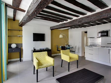 Incredible apartment in trendy Bourse