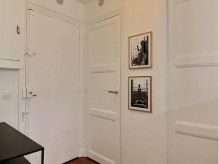 Nice studio apartment in Paris, near Notre-Dame-de-Lorette metro station