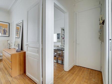 Appartement de 3 pièces refait à neuf avec 2 chambres à Raspail Paris 14ème