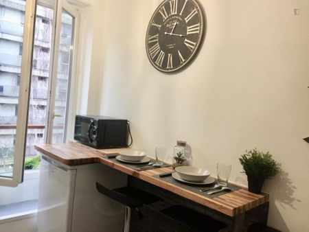 Charming Studio in the 17e arrondissement