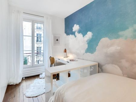 Colourful 1-bedroom in St Ambroise