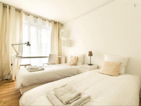 Lavish 2-bedroom apartment in 10e - Gare du Nord