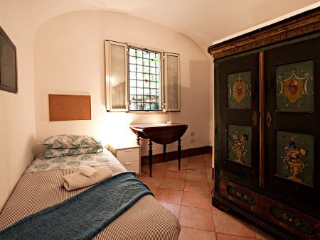 Comforts of Home - Del Moro
