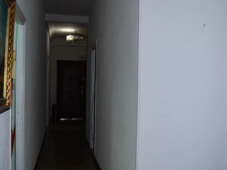 Double bedroom in a 5-bedroom apartment near Ríos Rosas metro station