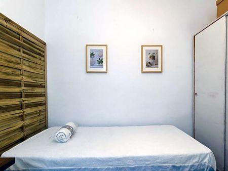 Cozy 3-bedroom apartment close by Centro Universitario de Ciencias de la Salud San Rafael-Nebrija