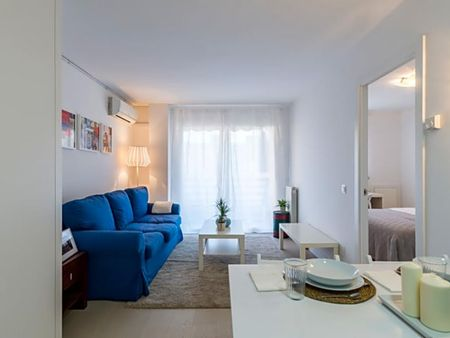 Beautiful 1-bedroom apartment close to European College for Liberal Studies (ECLS)