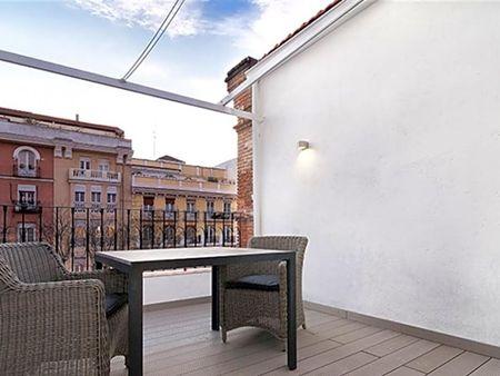 Modern 1-bedroom apartment near Iglesia metro station