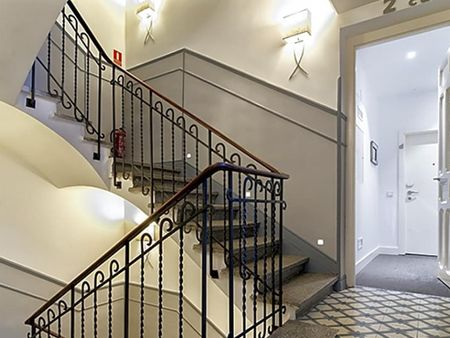 Cool 2-bedroom apartment near Iglesia metro station