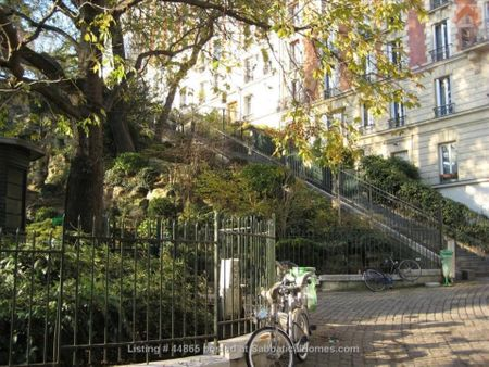 Charming Central Paris studio, in Montmartre, next to Sacré Coeur