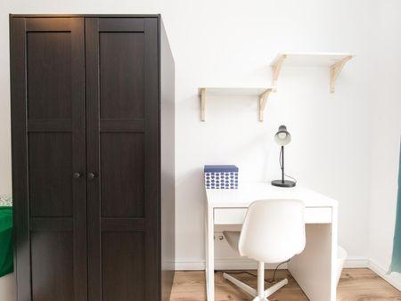 Nice single bedroom near Mondhügel