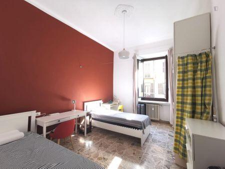 2-Bedroom apartment near Spezia metro station