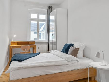 Stunning double bedroom in Friedrichshain