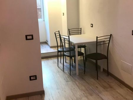 Double ensuite bedroom in a 2-bedroom apartment near Termini metro station