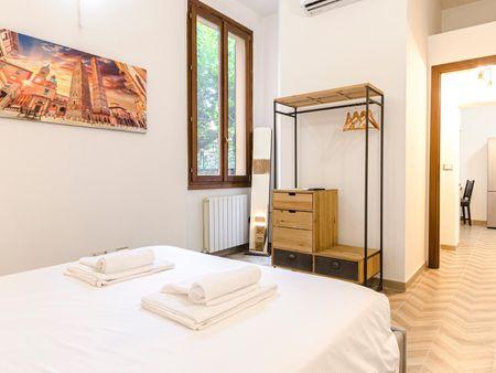 Modern 1-bedroom apartment near Porta Maggiore