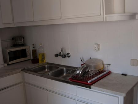 Double bedroom in a 2-bedroom apartment near Santos train station