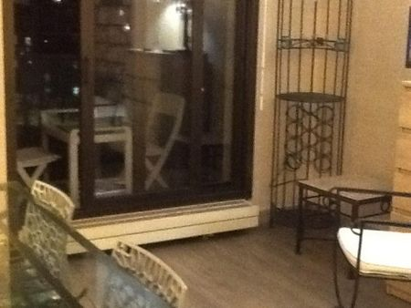 Charming double bedroom close Louise Michel metro station