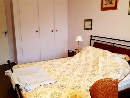 Cosy double bedroom nearby Paris Gare de Lyon station