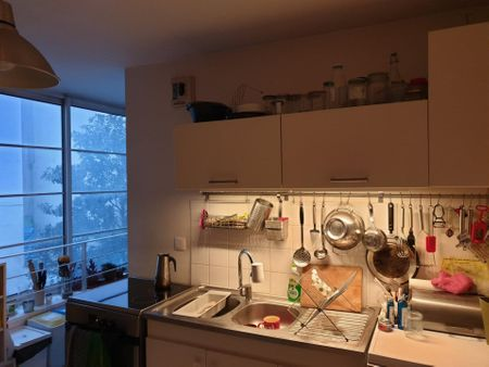 Beautiful double bedroom close to Stalingrad metro station