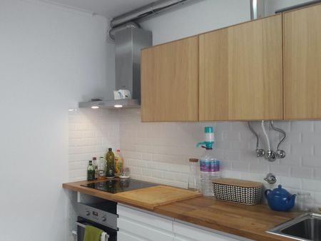 Great double bedroom close to Parede metro station