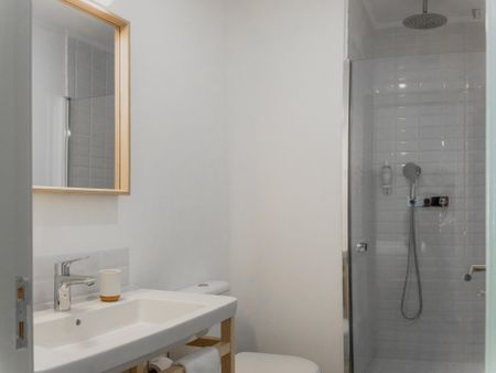 Lovely studio apartment close to Praca do Quebedo metro station
