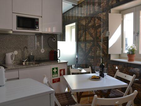 Lovely studio apartment close to Lusófona university