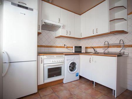 1-Bedroom apartment near Tribunal metro station