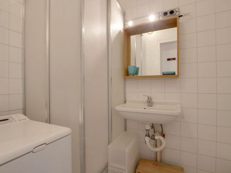 Nice 1-bedroom apartment near Oberkampf metro station