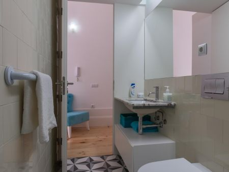 Renovated 1-bedroom apartment at city center close to Hospital St. Antonio