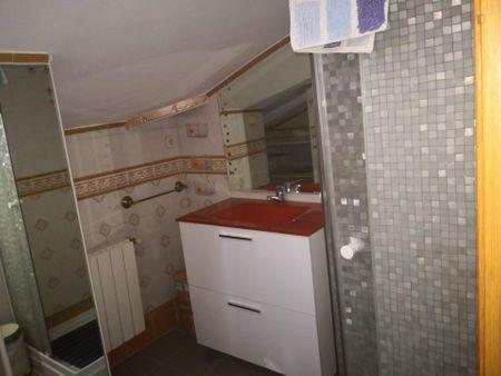 Single bedroom in a 3-bedroom apartment near Universidad de Alcalá