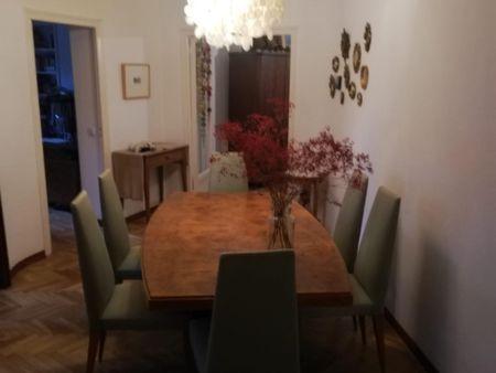 Single bedroom in a 4-bedroom apartment near Jardins de Vil·la Amèlia