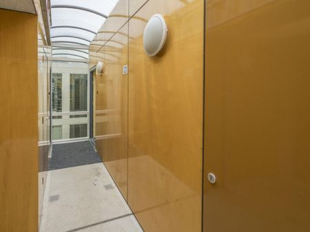 Modern single bedroom in Delfshaven