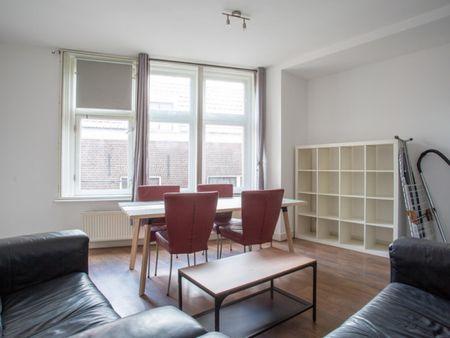 Cool double bedroom in Burgwallen Nieuwe Zijde