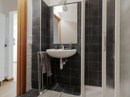 Cool double bedroom near Villa S. Giovanni metro station