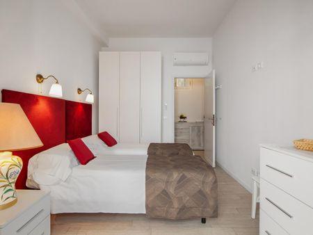 2-Bedroom apartment near Giardino Della Gherardesca