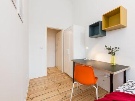 Neat single bedroom in Lichtenberg